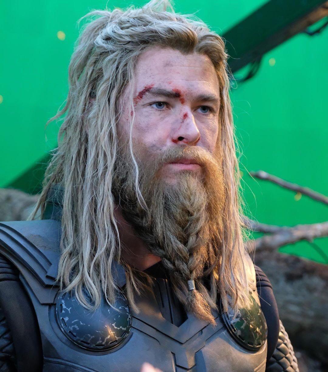 Thor In Endgame Chris Hemsworth Marvel Movies Marvel Thor
