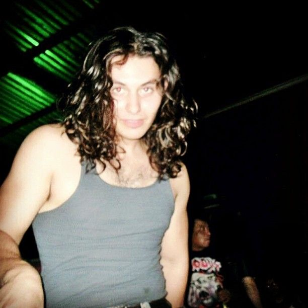 An awesome Virtual Reality pic! Verskill 2012 #tb #verskill #longhair #curly #curls #heavymetal #virtualreality #vocals #singer #metalgod #mercenario #menteperturbada #lagoinfernal #enemigointerior #elpoder #power #fit #bodybuilding #music #soul #riff #solo #mexican #model #growls by edwin_verskill check us out: http://bit.ly/1KyLetq