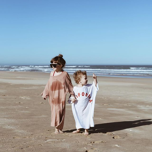 Nina James and Rex sporting Yeezy 2020 on the beach today. . . . . . . . . . . . . . . . #lucky_travels #EasternCape #RietRiver #cape #beach #childhoodhome #wanderlust #travelblogger #travelgram #travel_book #travelcaptures #beautifuldestinations #welovetoexplore #africa #exploreafrica #travelmore #goexplore #wonderfulplaces #lovetotravel #roamtheplanet #thattravelblog #ninajamesdurrant #rexphilipdurrant