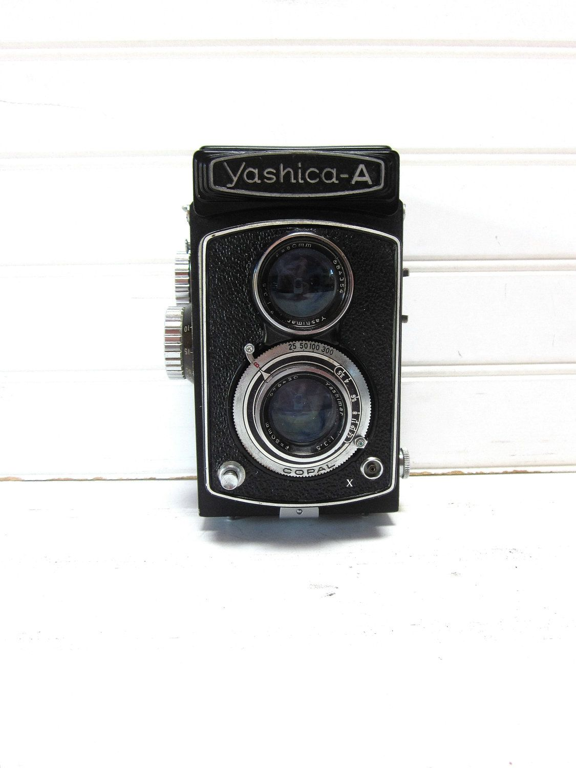 Vintage Camera Yashica A - Twin Lens Reflex TLR Camera.