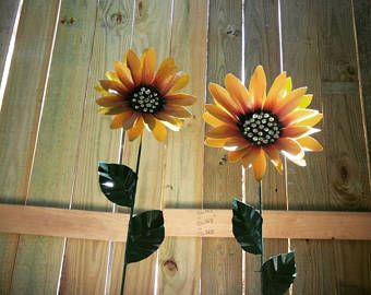 Charming Metal Flower Garden Stake, Metal Sunflower Garden Art, Metal Garden Decor,  Sunflower Yard