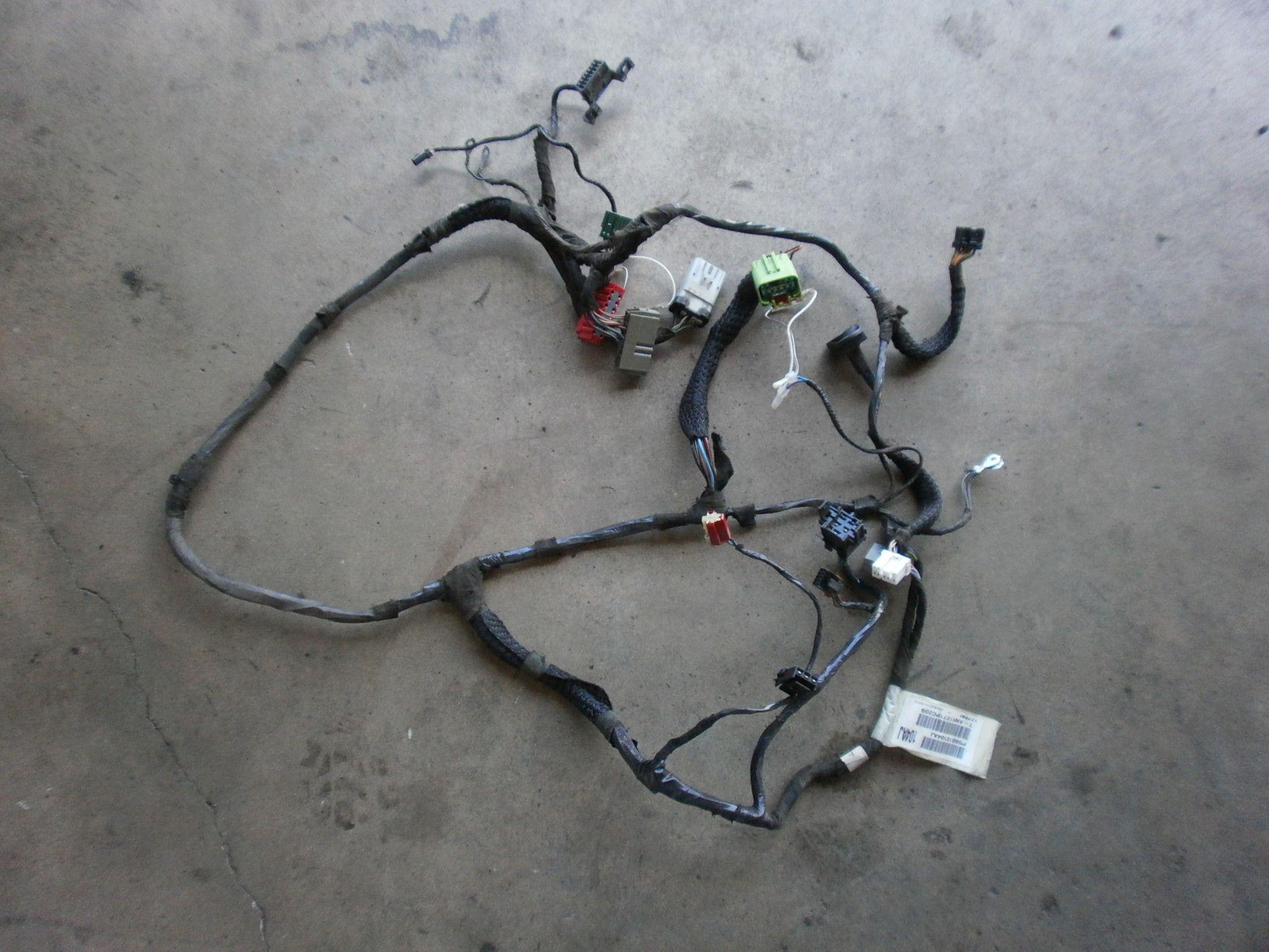 medium resolution of jeep wrangler tj instrument panel wiring harness 2001 p56010104aj oem good used 2 4 4 0