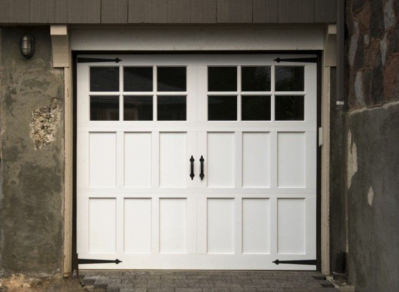Carriage Style Garage Doors But Without The Black Door Hinges Garage Door Styles Carriage Style Garage Doors Garage Doors