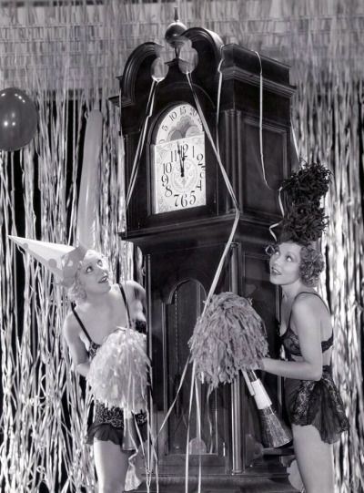 Thelma White and Dorothy Lee ring in the New Year! c.1932 viailmnoirphotos.blogspot.com