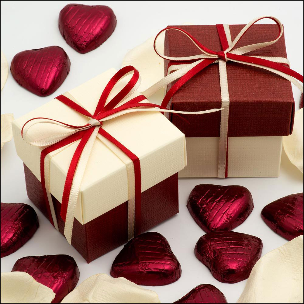 Maroon and cream wedding decor  Ivory and Burgundy Two Tone Lidded Boxes  Boxes u DIYS  Pinterest