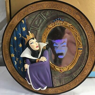 Disney Store Snow White Seven Dwarfs Magic Mirror On The ...