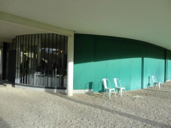 Entre Du Garage Porte Coulissante  Villa Savoye  Le Corbusier