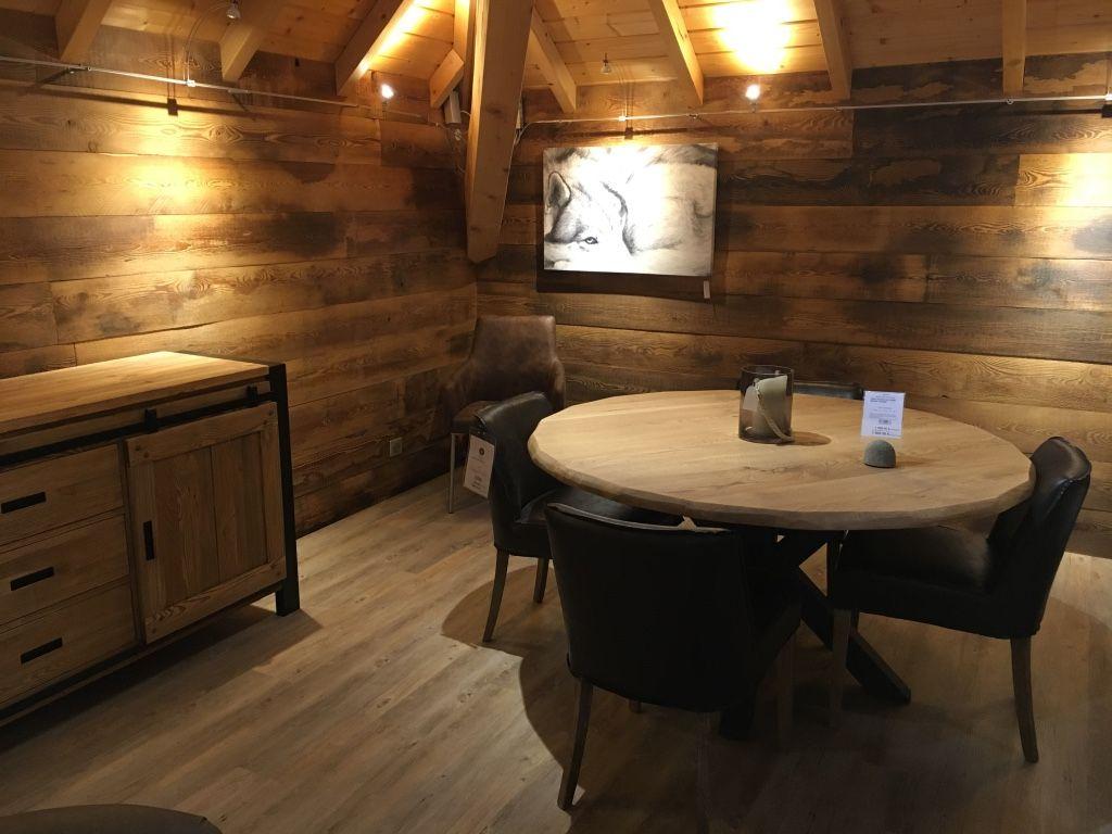 Table Rustique Et Chaises Design Avec Images Chaise Salle A Manger Chaise Design Inspiration Salle A Manger