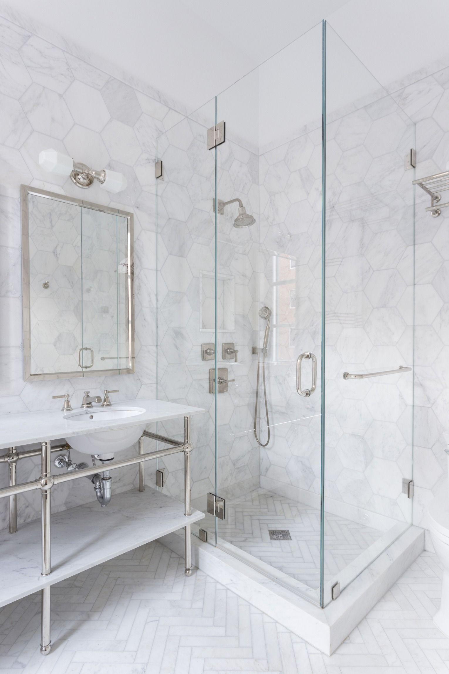 A New York City Couple Remodels Their Small Bath Marble Bathroom Designs Marble Tile Bathroom White Marble Bathrooms