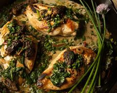 Photo of Chicken breast with morels in casserole dish