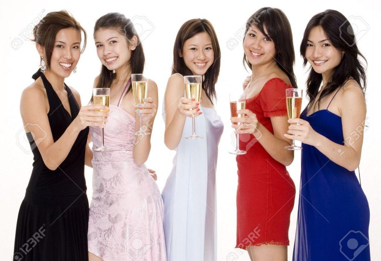 11 Abendgarderobe Frauen in 11  Abendgarderobe, Abendgarderobe