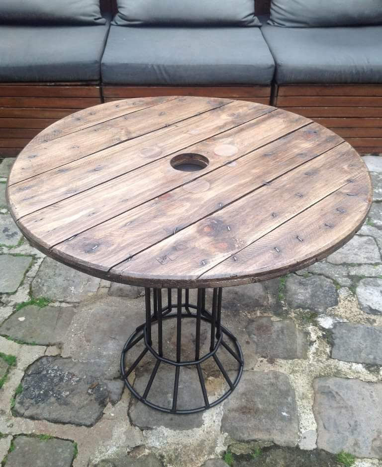 Epingle Par Fromaget Agnes Sur Avec Un Touret Tables Table Touret