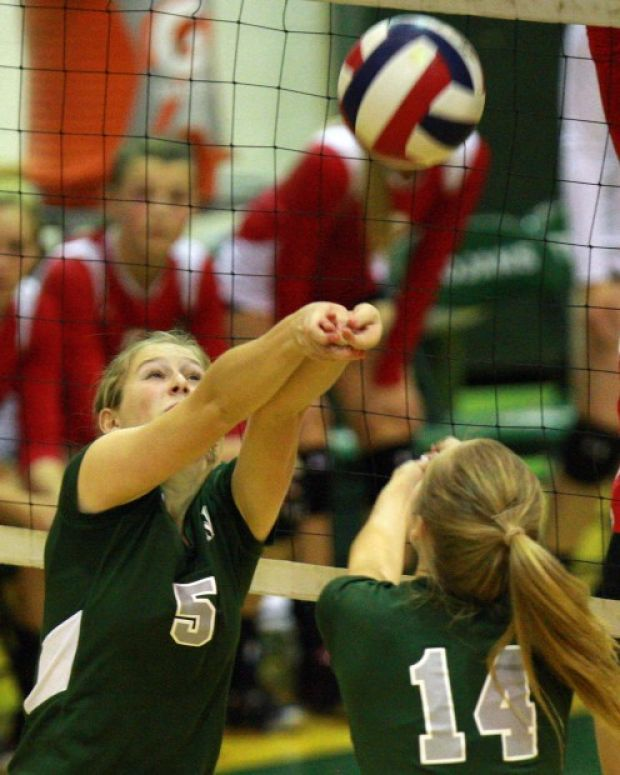 Prep Volleyball Kelly Walsh Looks For Winning Edge Volleyball Ball Exercises Exercise