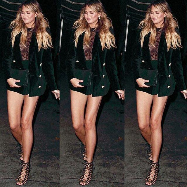 #chrissyteigen in West Hollywood #model #style #fashion #chrissyteigenmodelsstylee