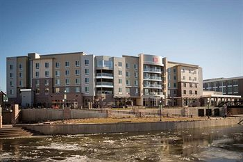 Property Location Located In Sioux Falls, Hilton Garden Inn Sioux Falls  Downtown Is Minutes From Fawick Park And Old Courthouse Museum.