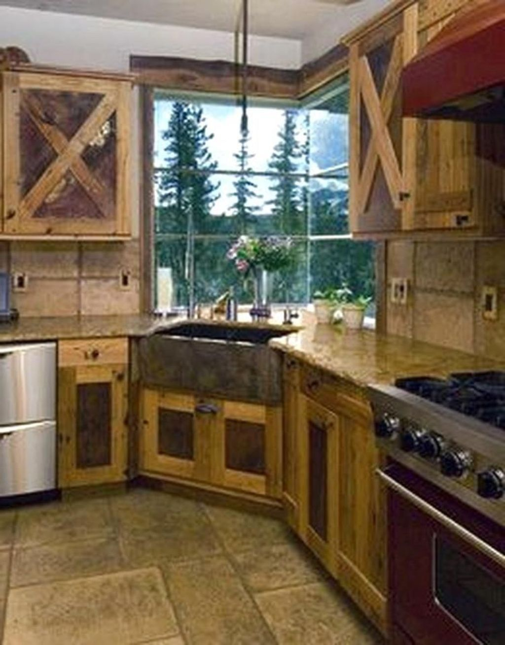 42 Lovely Rustic Western Style Kitchen Decorations Ideas With Images Rustic Kitchen Home Rustic Kitchen Cabinets