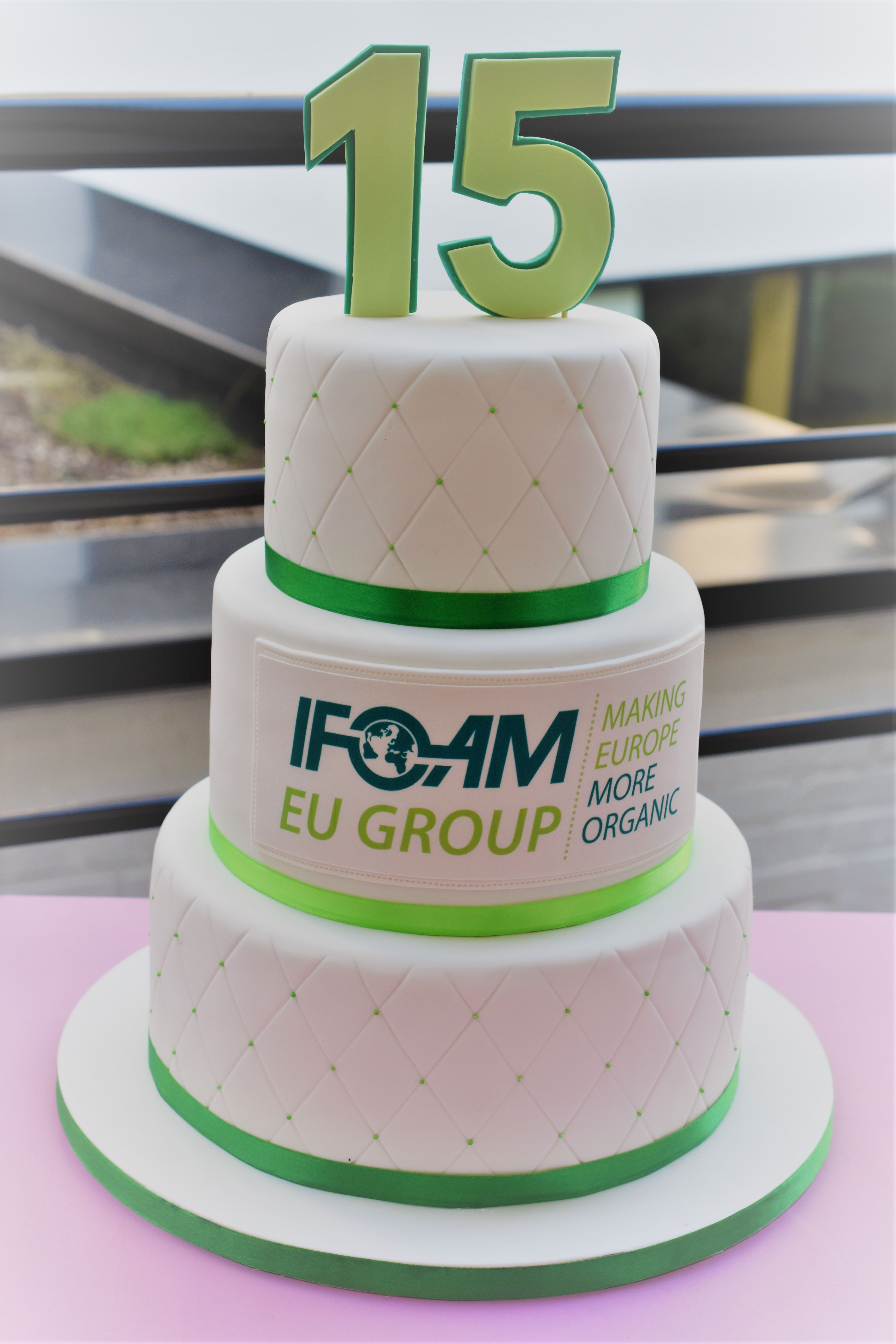 Ifoam Corporate Cake In 2018 Cakes Pinterest Cake Creative