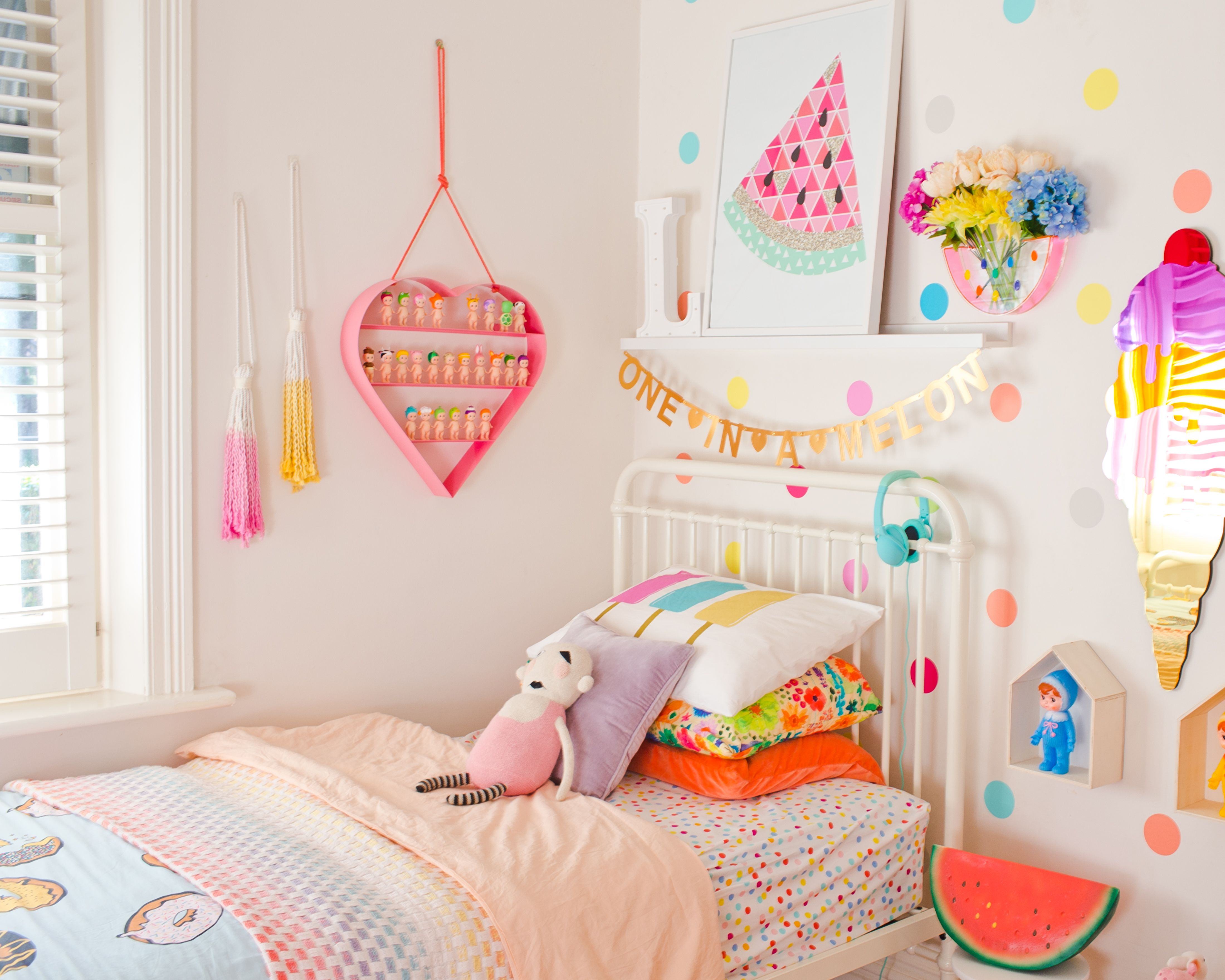 Pin On Kid Rooms: Lily's Incy Interior's Rainbow Room