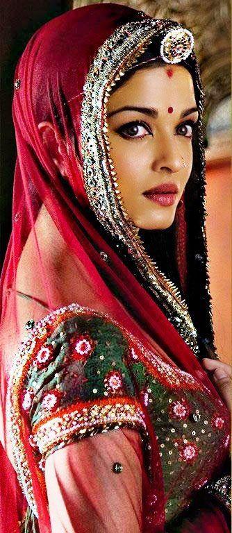 Aiswarya Rai As Jodha Akbar Beautiful Indian Actress Most Beautiful Indian Actress Actress Aishwarya Rai