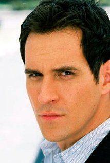 Travis Willingham plays Reggie Rowe in inFAMOUS: Second Son