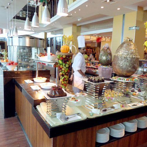 Review Latitude Brunch At The Jumeirah Beach Hotel Mydubaidiary Com Entertainer Coupon