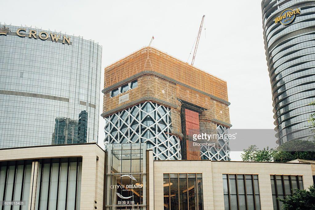 Resultado de imagem para the morpheus hotel zaha for Cost to build a hotel