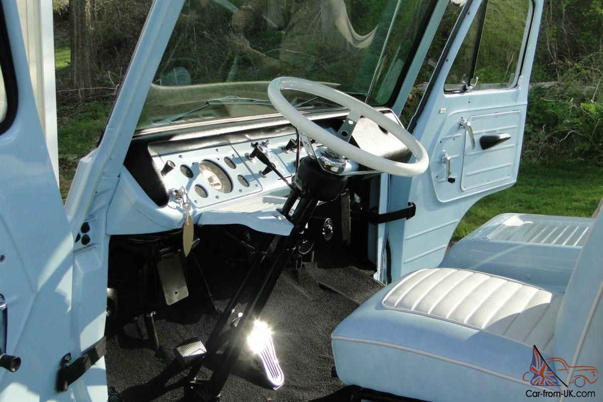 1966 Ford Econoline PickUp Tonneau cover, Little truck