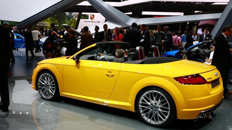 2015 audi tt roadster makes its debut in paris with