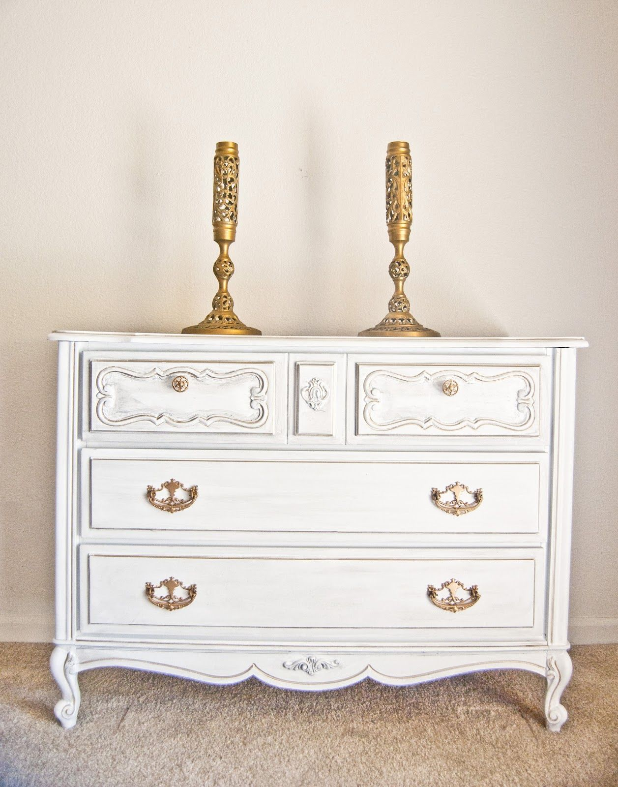 {Furniture Makeover} Dresser: White Paint, Light Gray