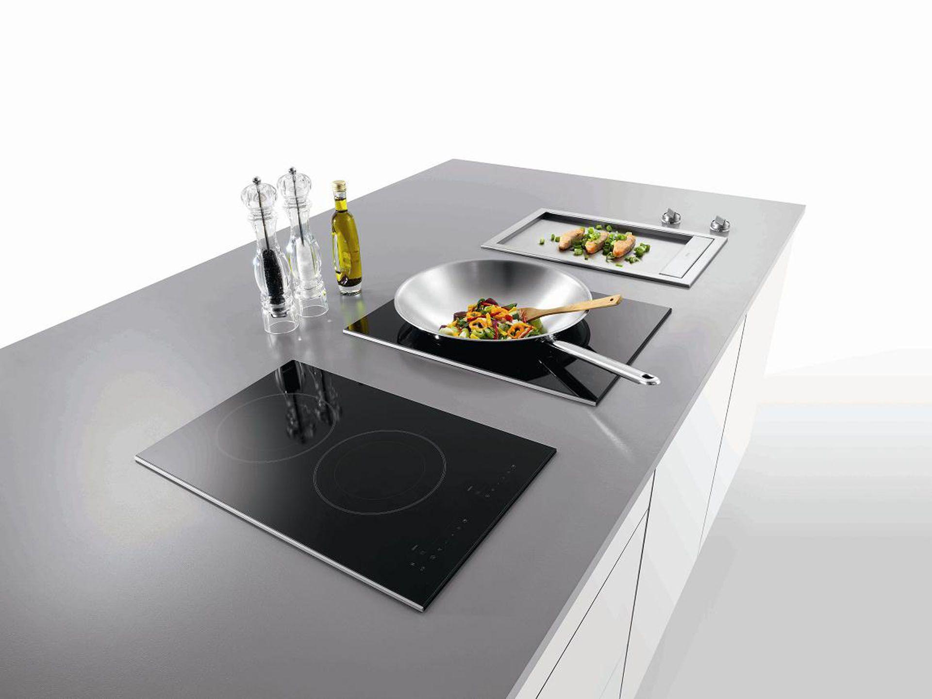 Inductiekookplaat Met Wokbrander : Atag inductie kookplaat met wok en teppanyaki grill home