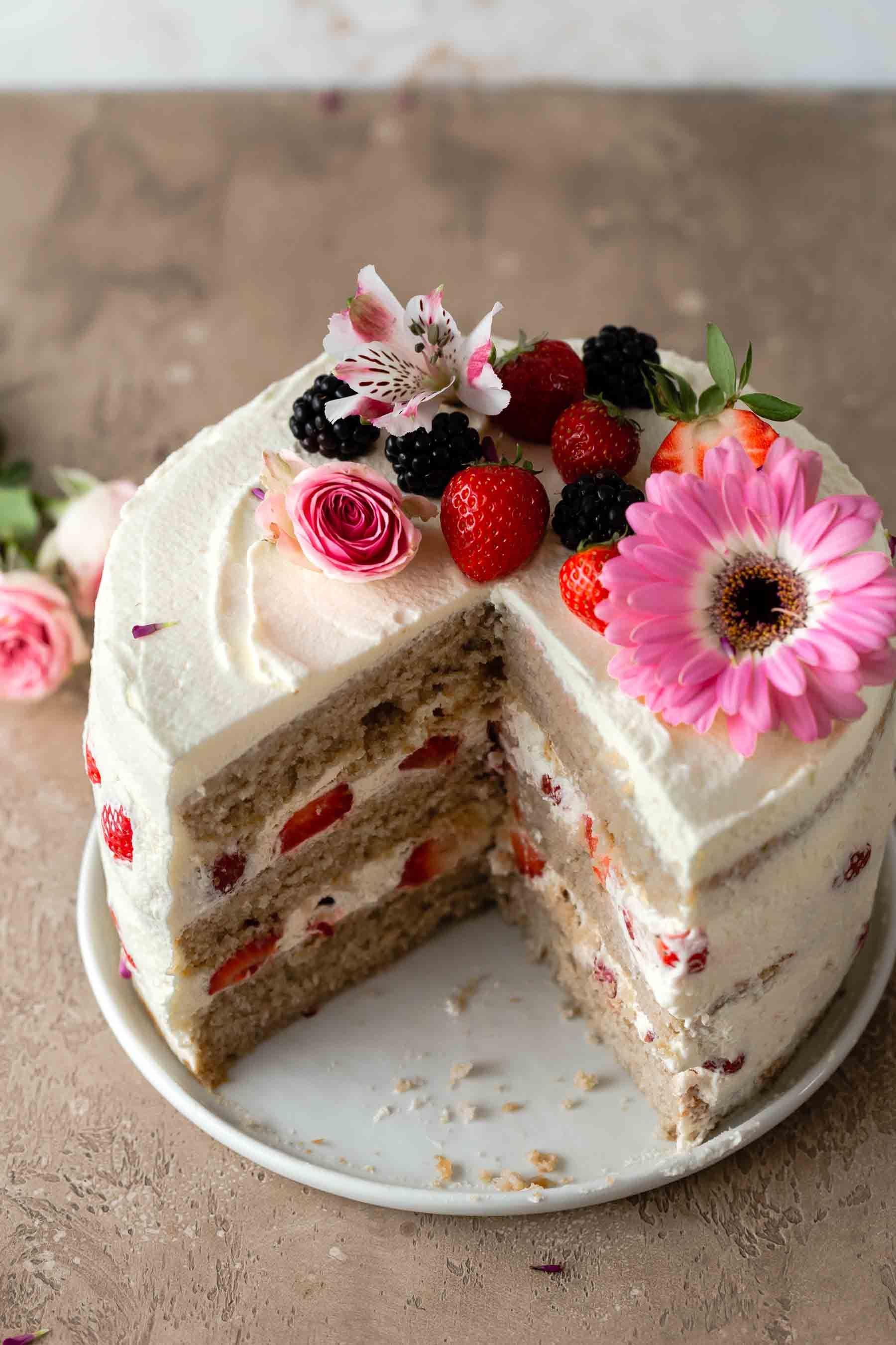 Strawberry Cake Is My Favorite Summer Dessert Strawberry Layer Cake Offers A Stunning Present Homemade Chocolate Fudge Strawberry Cake Recipes Summer Desserts