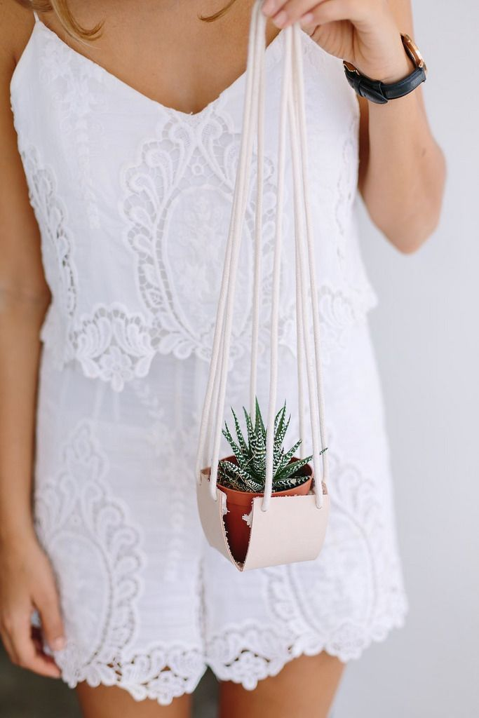 DIY HANGING LEATHER PLANTER http://apairandasparediy.com/2015/07/diy-hanging-leather-planter.html