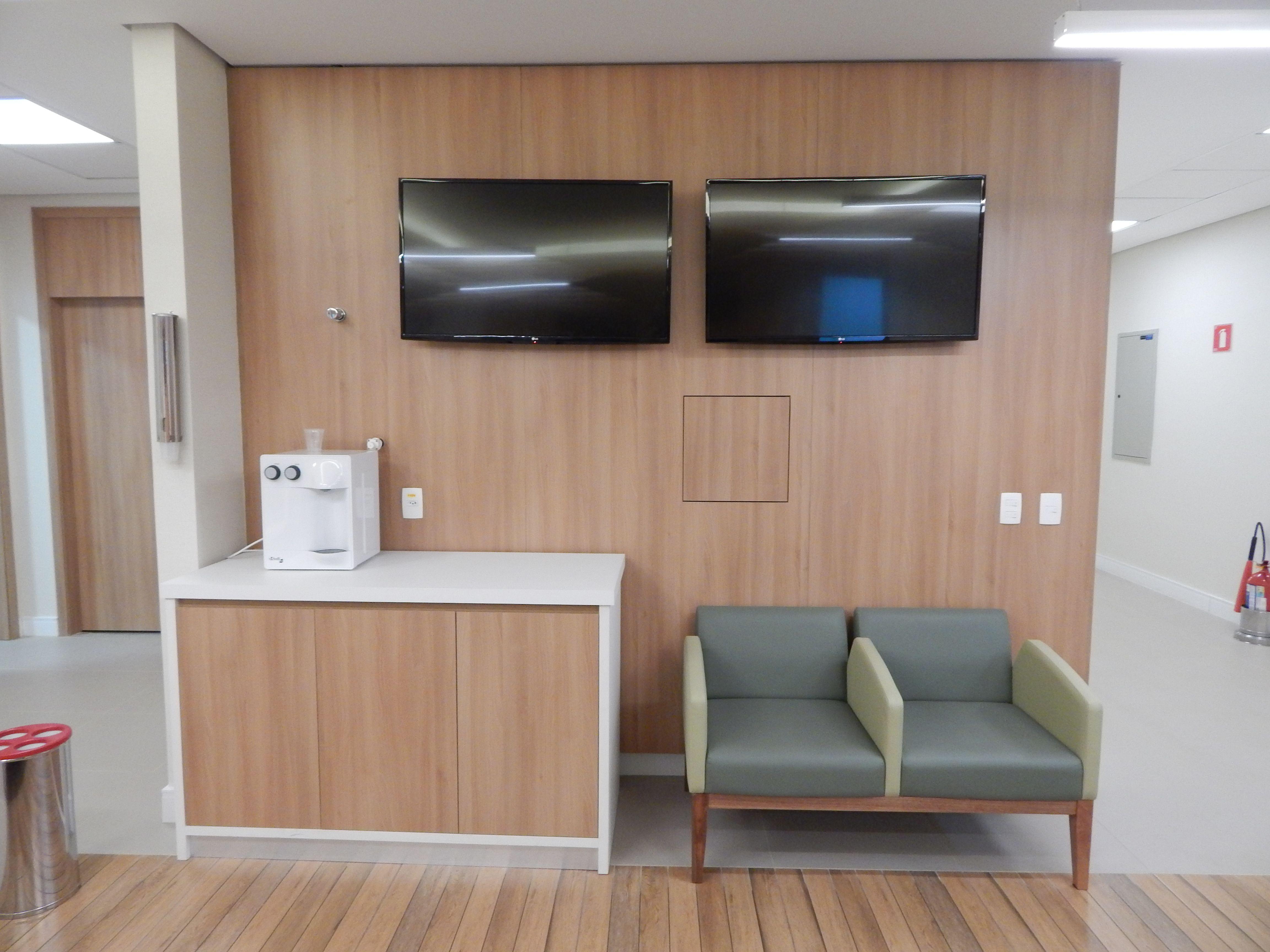 Sala De Espera Hospitalar Pain Is Estruturados Em Mdf
