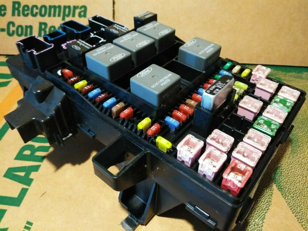 2003 2004 2005 2006 Lincoln Navigator Ford Expedition Fuse Box Relay Panel Relay Original