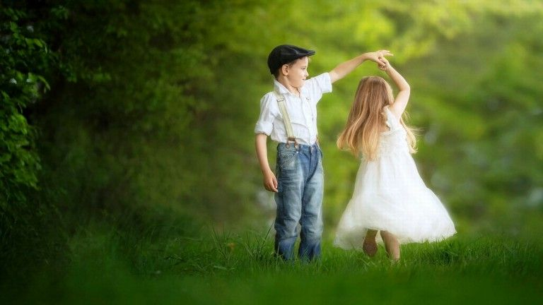 Love Dance Of Boy And Girl Cute Wallpaper Hd For Desktop Childhood Photography Cute Baby Couple Dance Photography