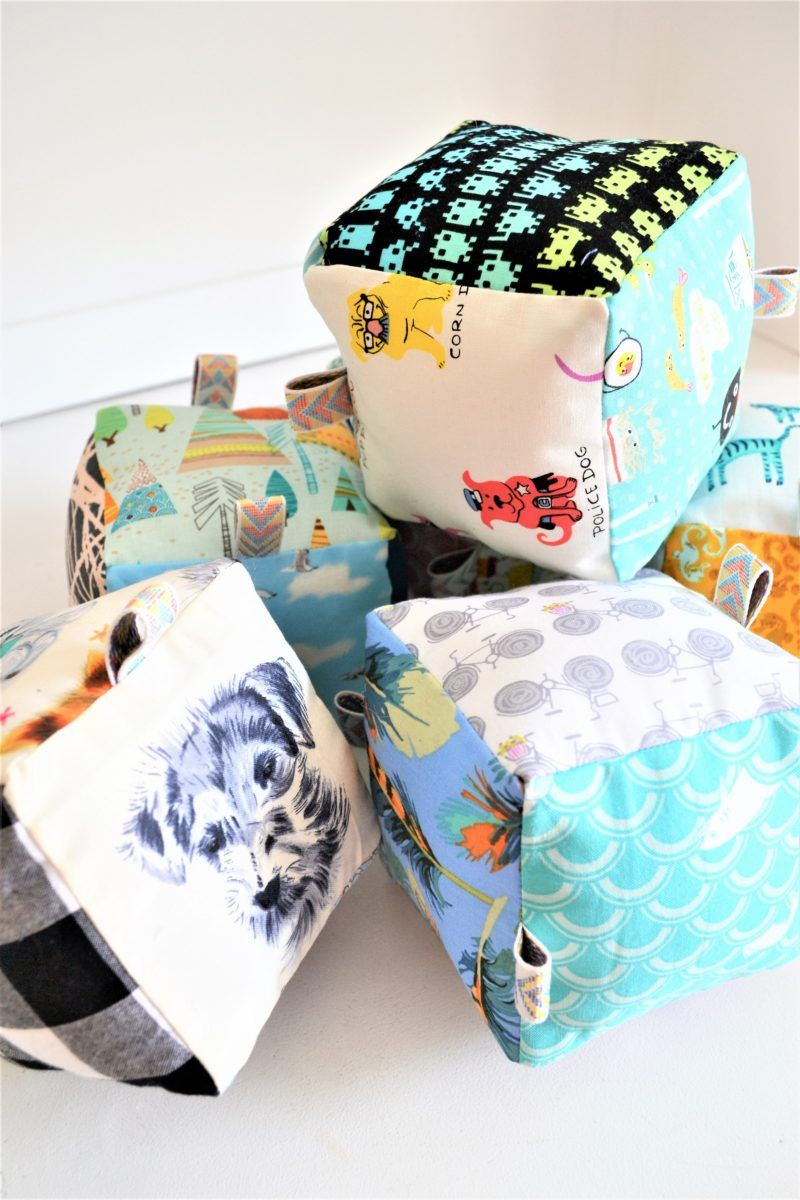 25 Fun and Easy Beginner Sewing Projects #beginnersewingprojects