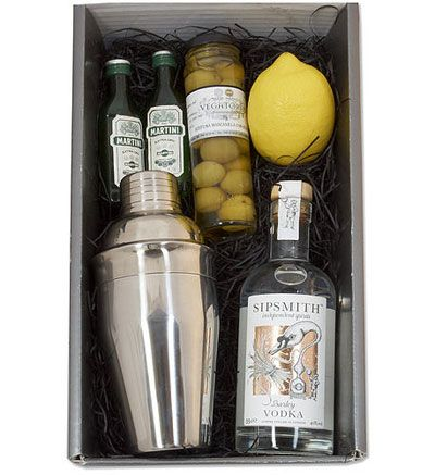 Diy cocktail kit would make  great hostess  also para el perfecto gentleman ideas de regalo pinterest rh