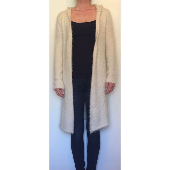 LF Everybody Talks Hooded Sweater NWT | Hooded sweater, Long ...