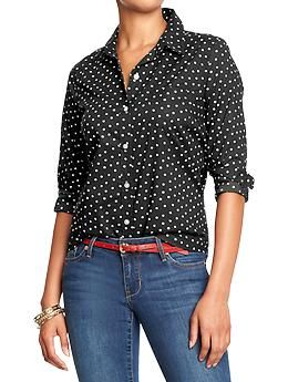 ed0007ad3fc4b This black and white polka dot shirt would be cute with red skinny jeans!