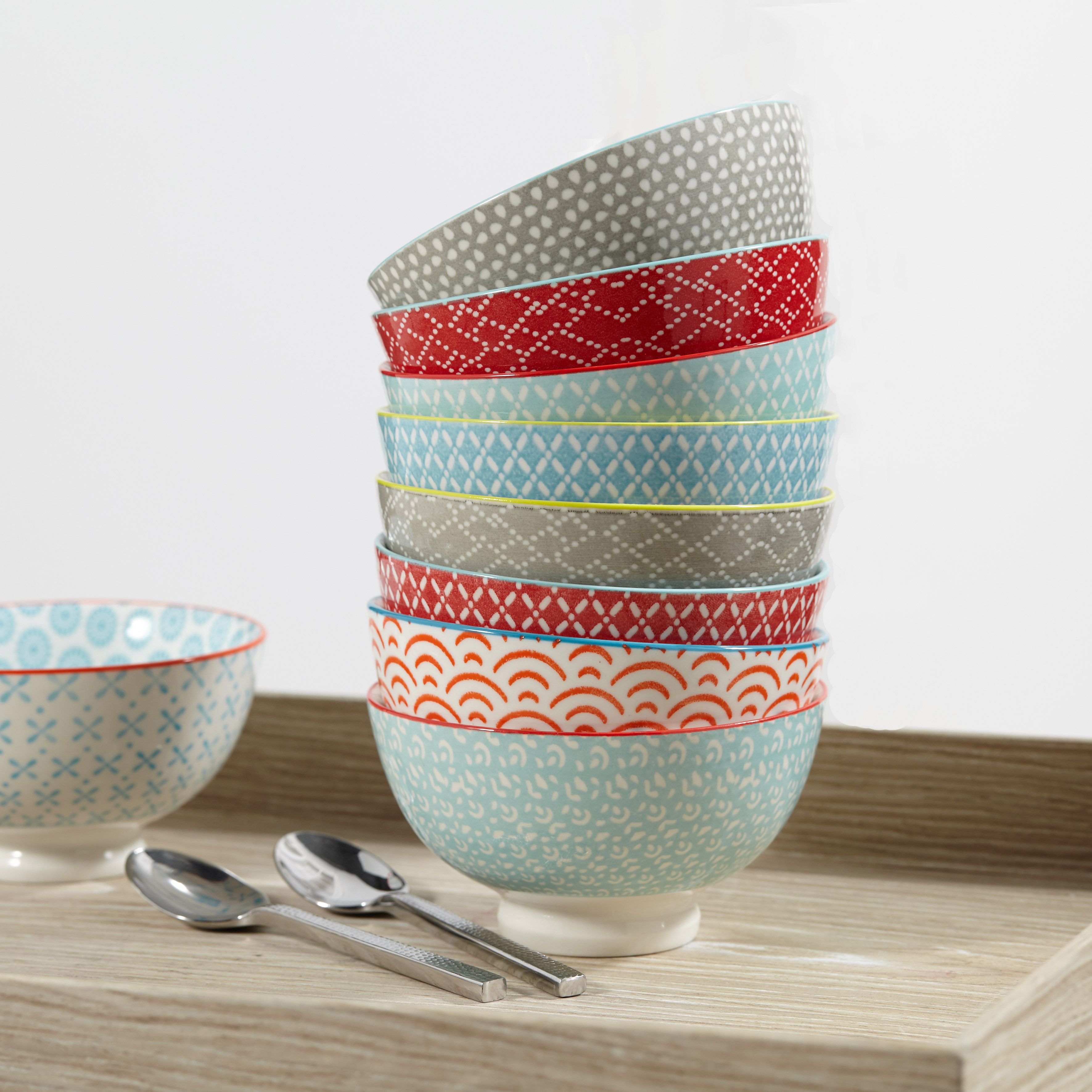 un peu de couleur gr ce cette gamme de vaisselle aux motifs ethniques d coration d co. Black Bedroom Furniture Sets. Home Design Ideas