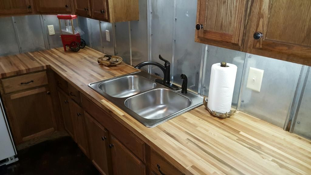 1 2 X 25 X12 Lft Maple Butcher Block Countertop Williamsburg Co Lumber Liquidators