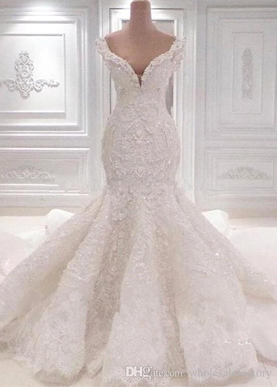 Luxuriöse Mermaid Lace Brautkleider Scoop Neck Volle Spitze Appliqued Crystal L…