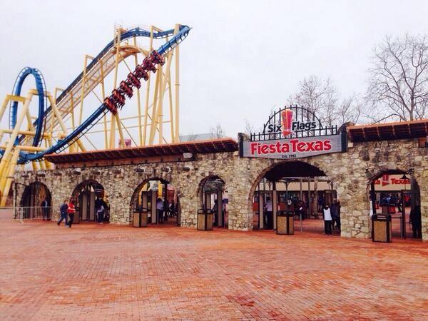 Six Flags Fiesta Texas Six Flags Fiesta Texas Fun Places To Go San Antonio Texas
