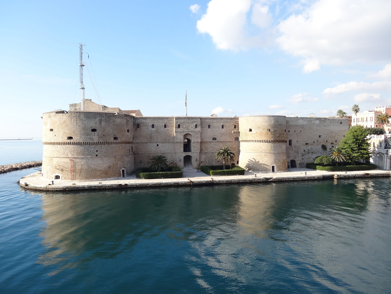 Taranto. The 15th century Aragon Castle