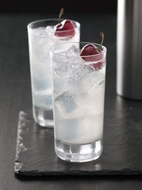 Cherry vodka club soda lemon juice simple syrup for Drinks with simple syrup and vodka
