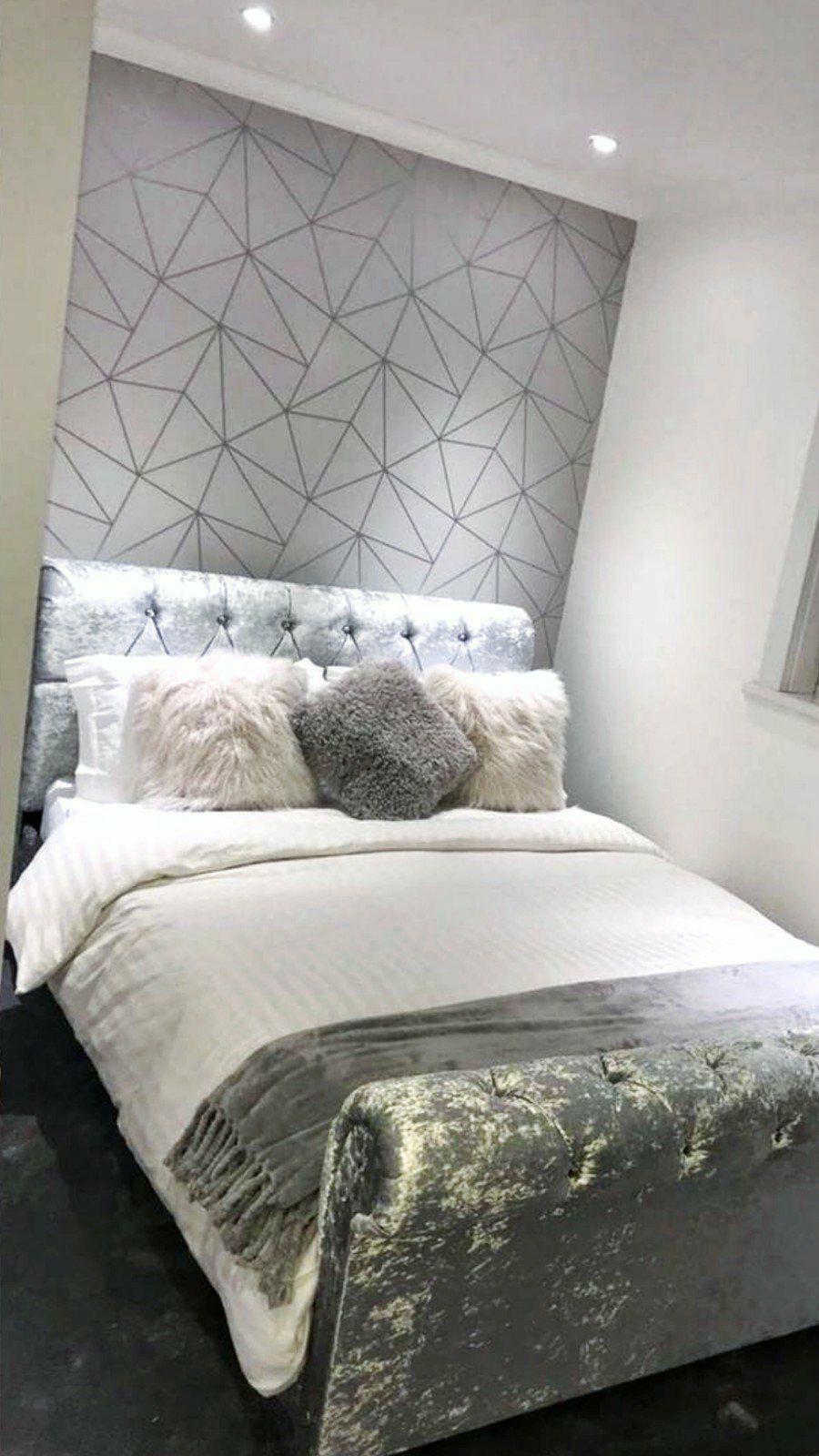 Pin By Maria Wyatt Uhl On Home Design Feature Wall Bedroom Bedroom Wallpaper Black And White Wallpaper Bedroom Feature Wall