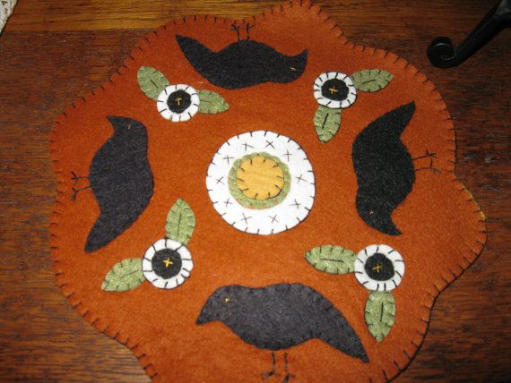 Woolfelt old crow candlemat-$10.95 plus shipping