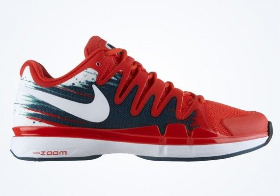 3fbe03d2167e6 nike zoom vapor 9 5 tour crimson night factor jade 01 570x400 Nike Zoom  Vapor 9.5 Tour Australian Open