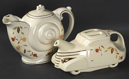 The Jewel Tea Company Autum Leaf Pattern On The Nautilus And Sedan Teapots My Mom Had Some Pieces In This Pattern Jewel Tea Dishes Tea Pots Novelty Teapots