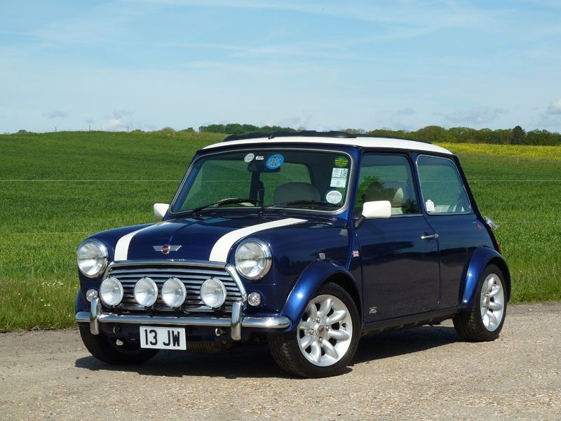 Black and White Garage – 2000 Rover Mini Cooper Sport S Works